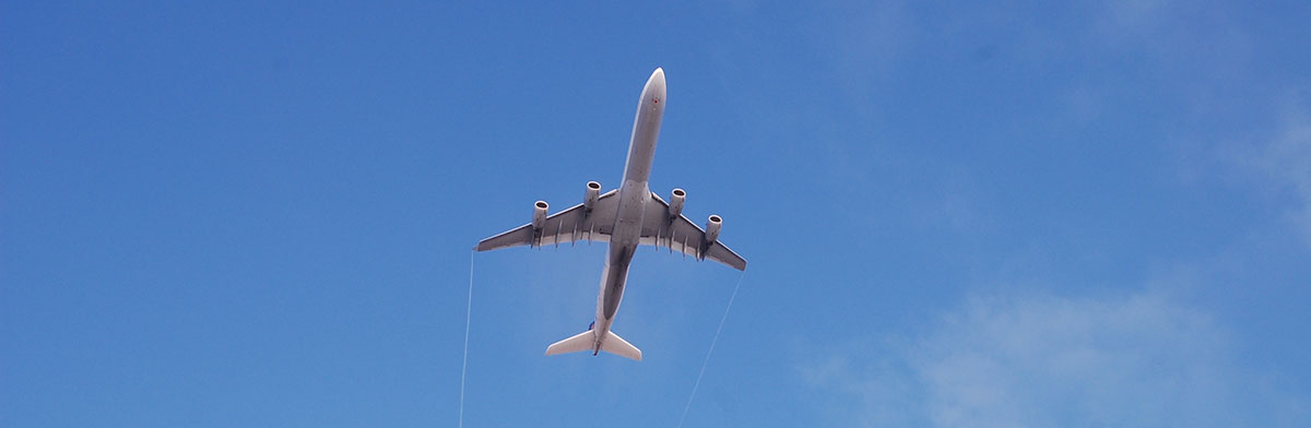 airplane-956724-min